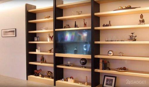 65-Дюймовая прозрачная панель заменит стекло в шкафу (3 фото + 2 видео)