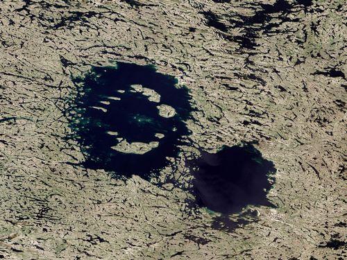 Астероидные кольца сатурна удерживает от рассеивания гравитация его лун - астрономы