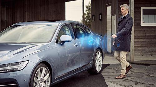 Автомобили volvo будут открываться смартфоном (3 фото + видео)