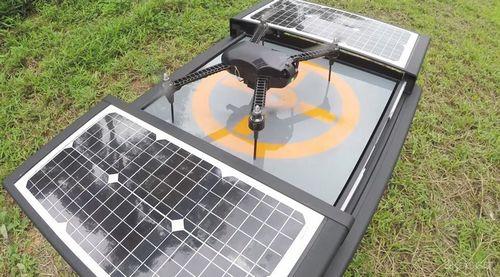 Автономная база сделает дронов независимыми от людей на долгие месяцы (4 фото + видео)