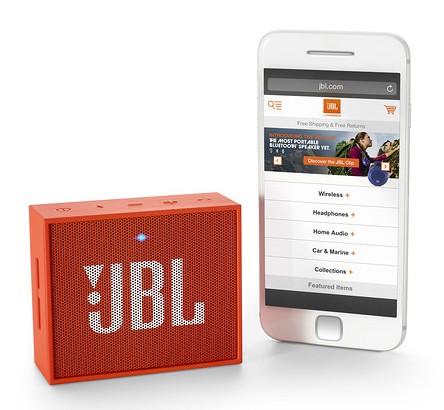 Беспроводной динамик jbl go станет портативным компаньоном для любого смартфона