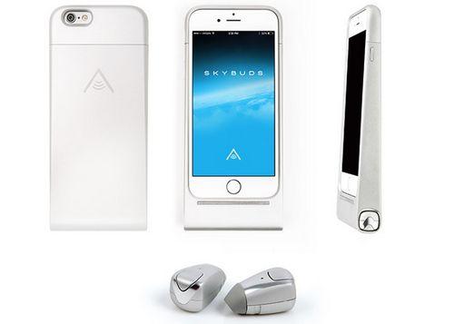Беспроводные наушники skybuds поставляются в чехле для смартфона