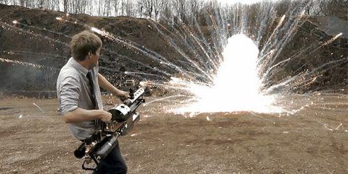 Безумная термитная пушка для тех, кому мало бытового огнемёта (16+)