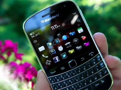 Blackberry постепенно выходит из финансового кризиса