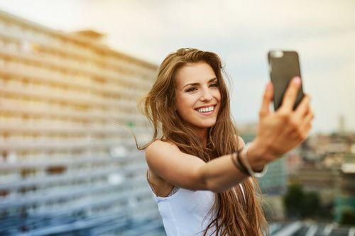 Blu selfie с 13-мегапиксельной фронтальной камерой стоит всего $249