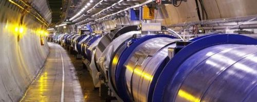 Большой адронный коллайдер начал работу после зимнего перерыва