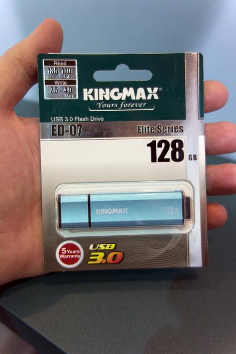 Computex 2013: внешние батареи и накопители от kingmax – обычные и с большим секретом