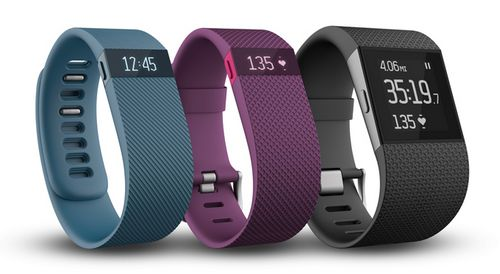 Fitbit представила три новых фитнес-браслета