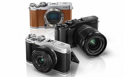 Fujifilm начинает продажи камеры х-м1 в украине