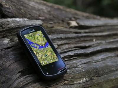 Garmin представил походный gps навигатор на android os