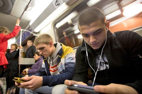 Глава минкомсвязи предложил внести ответственность за публичный wi-fi без аутентификации