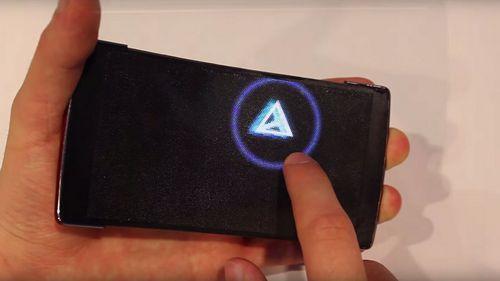 Holoflex: гибкий голографический смартфон