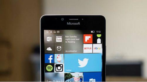 Huawei больше не планирует выпускать смартфоны на windows phone