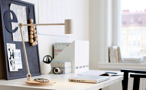 Ikea запускает в продажу предметы мебели и аксессуары с функцией беспроводной зарядки