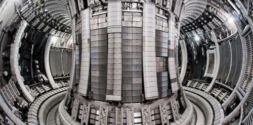 Инновационный гибридный термоядерный реактор построят в россии к 2030 году