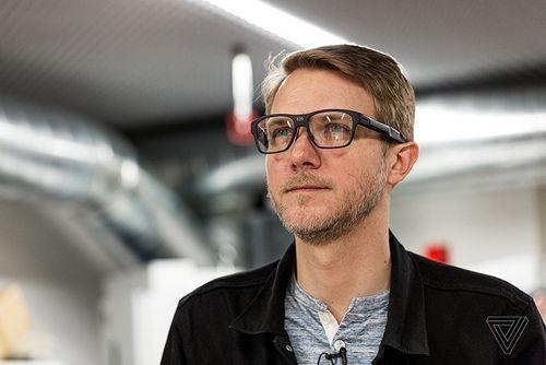 Intel представила умные очки vaunt. самое важное — они выглядят совершенно как обычные