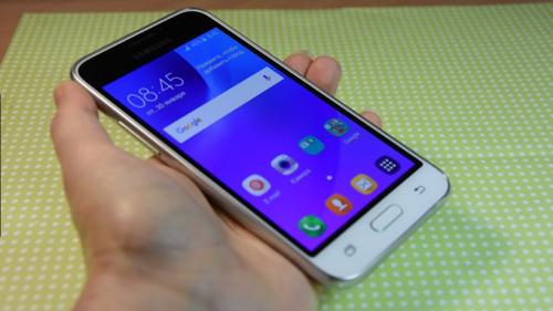 Эксперты составили топ-5 смартфонов до 5 тысяч рублей