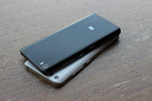 Эксперты сравнили флагманские смартфоны xiaomi mi mix 2s и huawei p20 pro