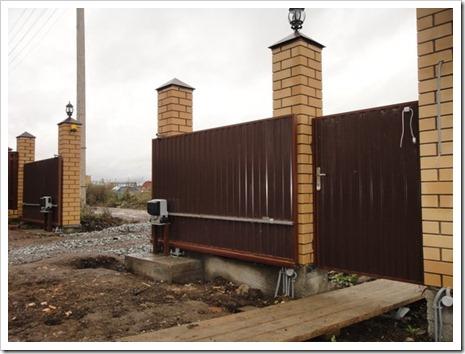 Как установить откатные ворота с электроприводом? рекомендации, которые позволят выполнить весь спектр работ самостоятельно.