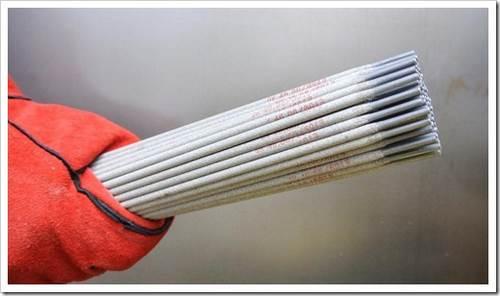 Как выбрать электроды для сварки? лишь одно покрытие электрода способно мизимизировать потери метелла при сварочных работах.