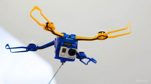 Квадрокоптер с поводком (8 фото + видео)