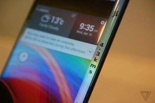 Lg продемонстрировала смартфон с дисплеем p-oled, загнутым на обе грани устройства
