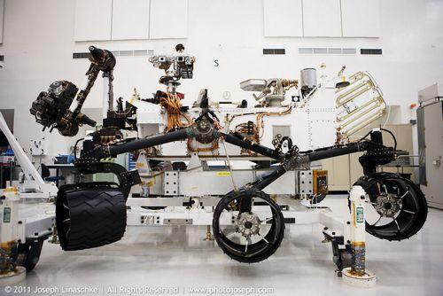 Марсоход curiosity готовят к полету (21 фото)