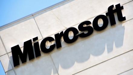 Microsoft создает «умные» часы из «прозрачного алюминия»