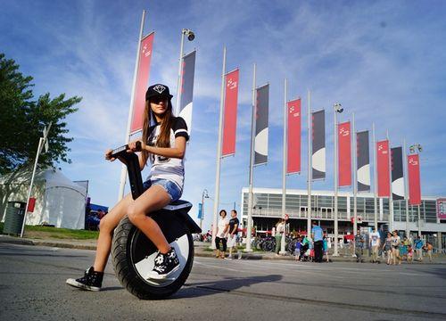 Moto pogo - электроскутер с одним колесом (8 фото + видео)