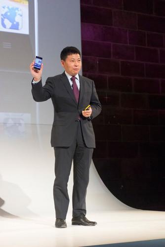 Mwc 2013: презентация смартфона huawei ascend p2