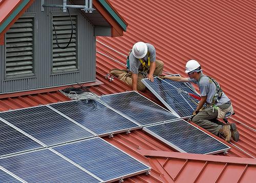 Объединение антенн и солнечных панелей для достижения беспрецедентной эффективности