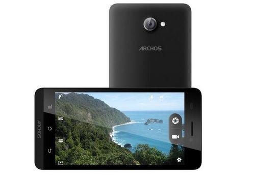 Первые изображения смартфонов archos