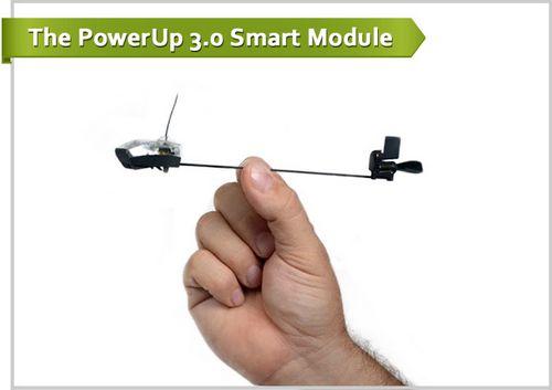 Powerup 3.0 позволяет управлять обычным бумажным самолетом посредством смартфона