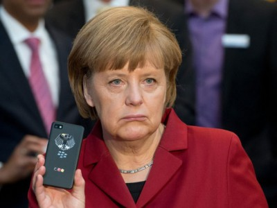 Правительство германии планирует приобрести 20 000 смартфонов blackberry для своих чиновников