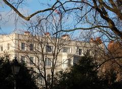Принц уэльский установит солнечные панели на крыше кларенс-хаус