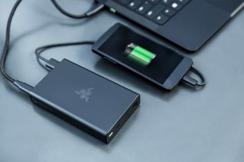 Razer power bank — внешний аккумулятор ёмкостью 12 800 ма·ч с пятью портами usb и поддержкой технологии quick charge 3.0