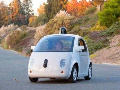 Самоуправляемые автомобили google появятся на дорогах уже этим летом