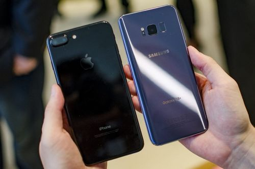 Samsung galaxy s4 признан лучшим смартфоном. iphone 5 не попал в топ-3