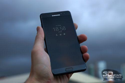 Samsung готовит самый тонкий телефон