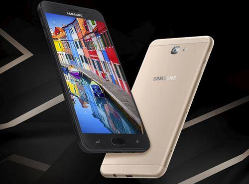 Samsung выпускает дешевую версию своих смартфонов-гигантов. фото и характеристики