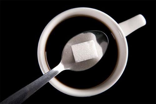 Сладкие напитки связали с атрофией головного мозга