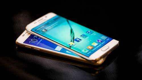 Смартфон samsung galaxy s7 выйдет в двух вариантах — с обычным экраном и изогнутым