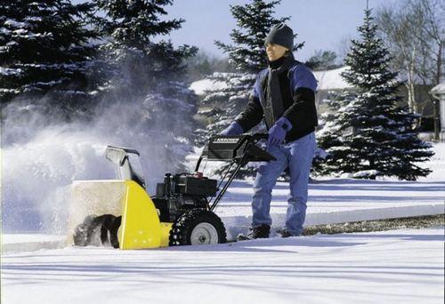 Снегоуборочная машина - преимущества, виды, советы по выбору