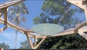 Солнечная линза из воды для вашей летней кухни