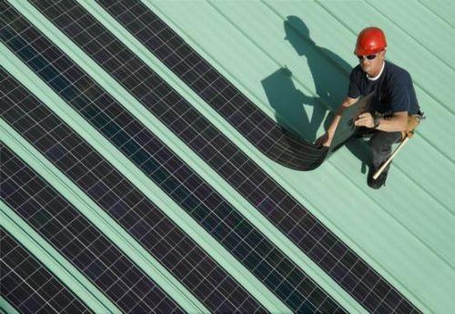 Solopower разворачивает гибкие солнечные панели на крышах