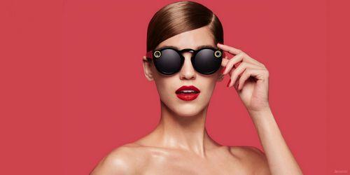 Spectacles — очки, размещающие видео в соцсети (8 фото + видео)