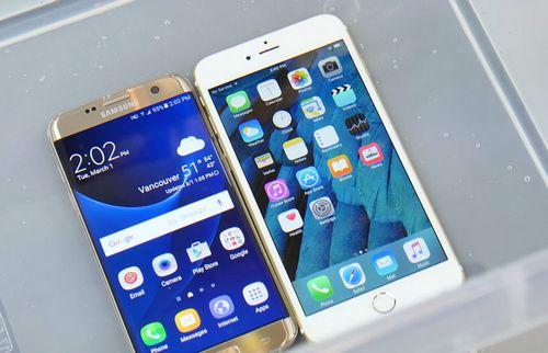 Сравнение водонепроницаемости galaxy s7 и iphone 6s (2 видео)
