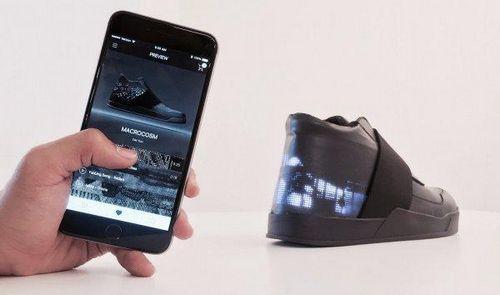 T-mobile совместила смартфон и новую модель своих кроссовок