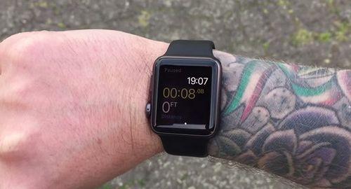 Татуировки на руке мешают корректной работе apple watch