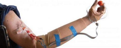 Ученые разработали чувствующий движения человека протез